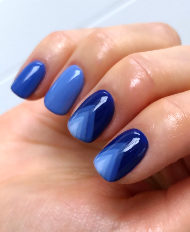 Salon System Gellux Julie Ann Blue nail art